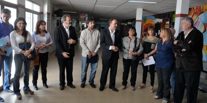 Instrumental y equipos nuevos para 3 hospitales de Río Negro