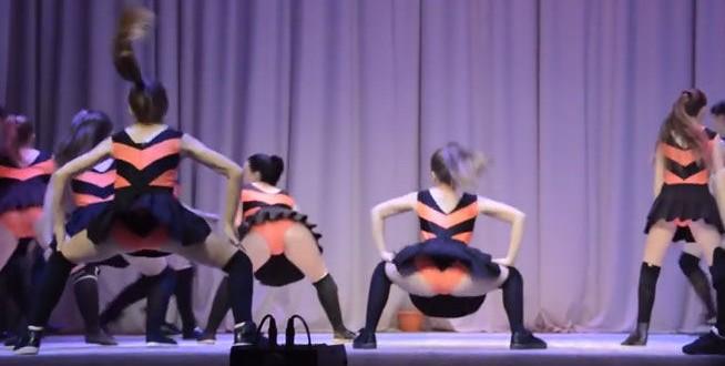 Video: Escolares rusas bailando 'twerking' desatan polémica en Rusia