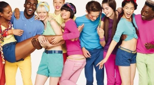 ¿Cómo elegir los colores que más nos favorecen al vestirse?