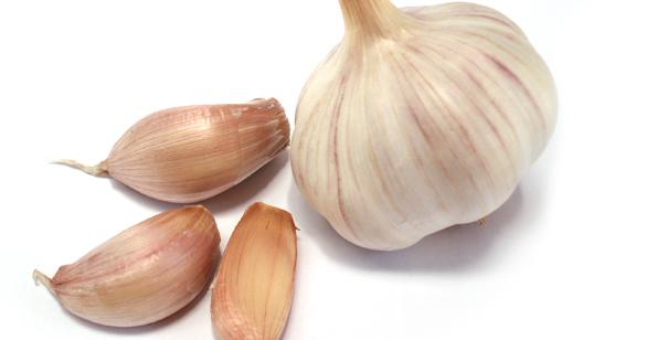 Beneficios de tomar jugo de ajo en ayunas