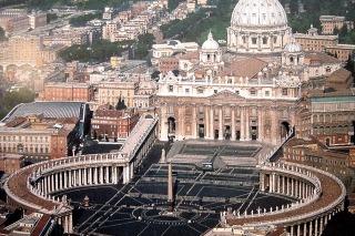El Vaticano reafirmó su rechazo al matrimonio igualitario, el aborto y la eutanasia