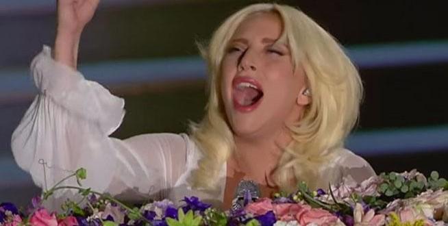 """Video: Lady Gaga y su brillante versión de """"Imagine"""""""