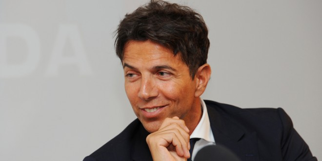Detuvieron a Pablo Cosentino, esposo de la modelo Daniela Urzi por comprar partidos en Italia