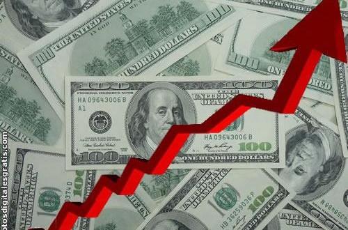 El dólar libre sube a $12,90