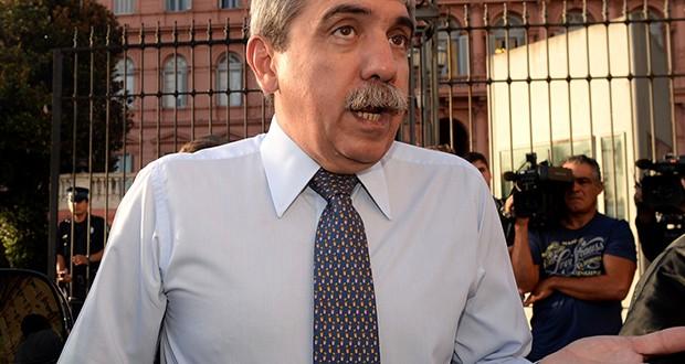 """Aníbal Fernández:""""Las políticas del PRO abren la puerta a la quiebra del país"""""""