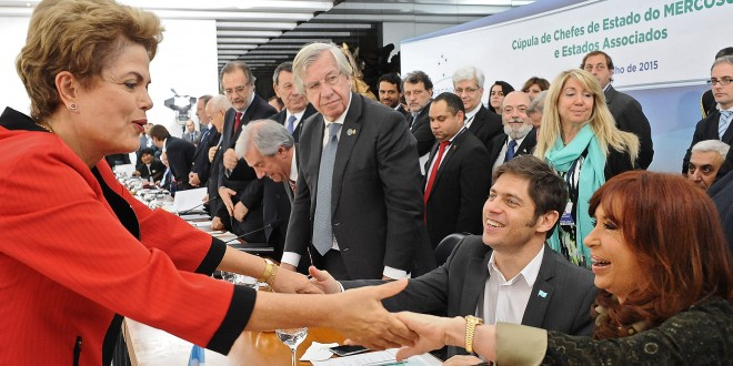 Cristina resaltó la igualdad de los países miembros de la Unasur y del Mercosur y la eficacia de estos órganos para resolver conflictos