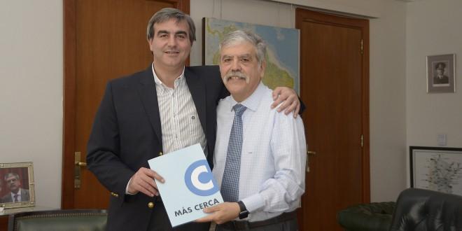 De Vido y Durañona firmaron convenios para obras pluviales en San Antonio de Areco