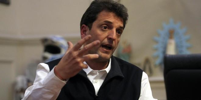 """Massa"""" """"De inseguridad, Scioli y Macri no hablan; proponemos perpetua para narcos y violadores"""""""