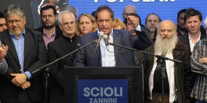 Scioli creará el Ministerio de Economía Popular