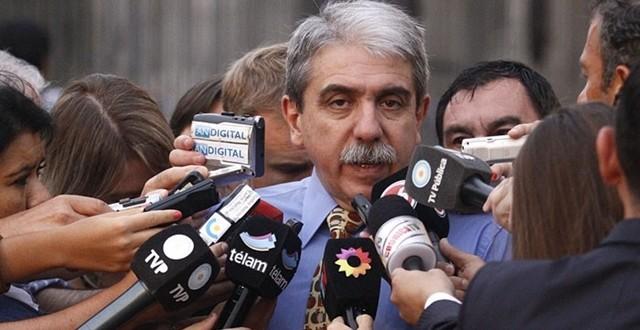 """Aníbal Fernández : """"No va a haber ninguna devaluación"""""""
