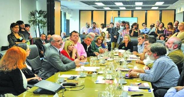 150 los sindicatos que firmaron el acta contra la violencia laboral