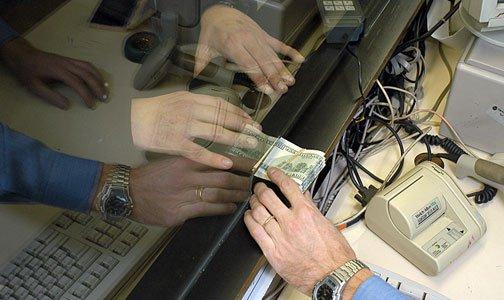 El Dólar blue salta a $ 14,30 y la brecha se dispara al 56,1%