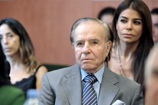Indagarán a Menem por desviar la pesquisa del atentado a la AMIA