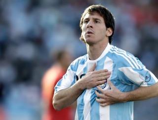 A 10 años del debut de Messi en la Selección