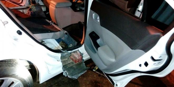 Detectaron 45 kilos de cocaína ocultos en un auto