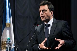 """Para Massa, Macri """"expresa las ideas económicas de Domingo Cavallo"""