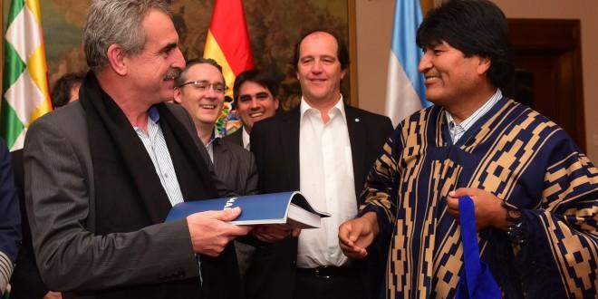 Acuerdos estratégicos de Defensa con Bachelet y Evo Morales