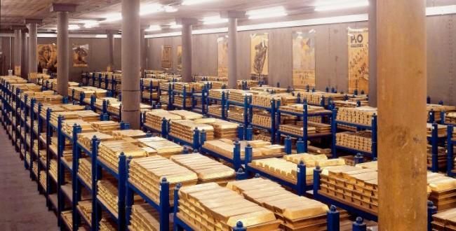 Los depósitos de oro del banco de la Fed de Nueva York se situó en 5.950 toneladas, el nivel más bajo en décadas