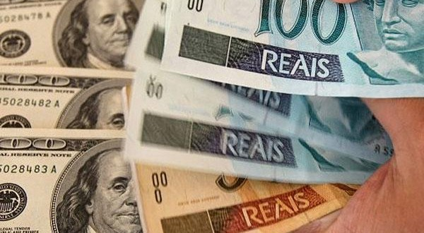 Devaluación histórica en Brasil