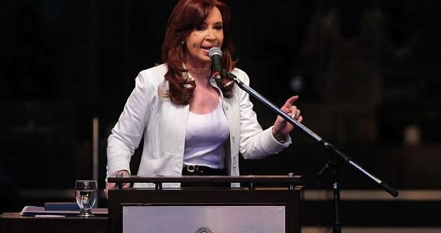 """Cristina advirtió que """"la sociedad democrática dirime sus diferencias a través del voto, y no de los fallos judiciales"""""""