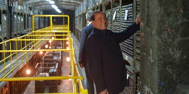 Polémica con Putin por beber junto a Berlusconi un jerez de USD 100.000