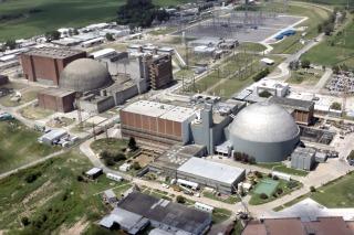 Organismos, empresas e investigadores rechazan un artículo de Clarín contra el plan nuclear
