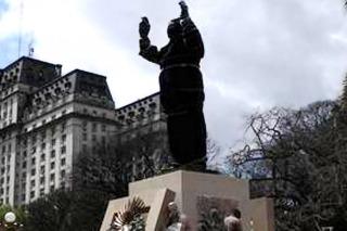 Aníbal Fernández agradeció a Dios que Macri no lo invitara a la inauguración del monumento a Perón