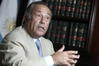 Rodríguez Saá está dispuesto a integrar una liga de gobernadores peronistas liderada por Scioli