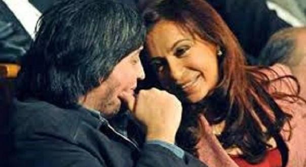 "Cristina: ""Máximo les gana a todos jugando a la Play"""