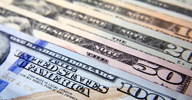 El dólar blue sube a 15,22 pesos