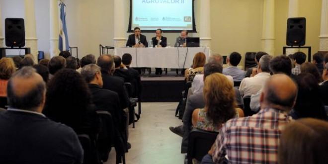 Agricultura fortalece la vinculación entre productores y universidades