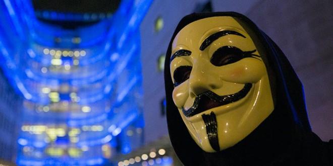 """Anonymous declara """"la guerra total"""" al Estado Islámico"""