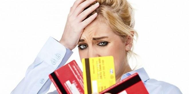 Por qué este mes pagar el mínimo de la tarjeta de crédito es el peor negocio que puede hacer