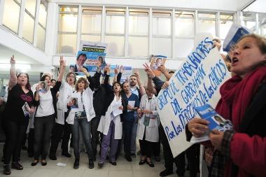 Trabajadores del Garrahan piden que se terminen los recortes presupuestarios