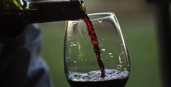 Científicos descubrieron que un vaso de vino equivale a una hora de ejercicios