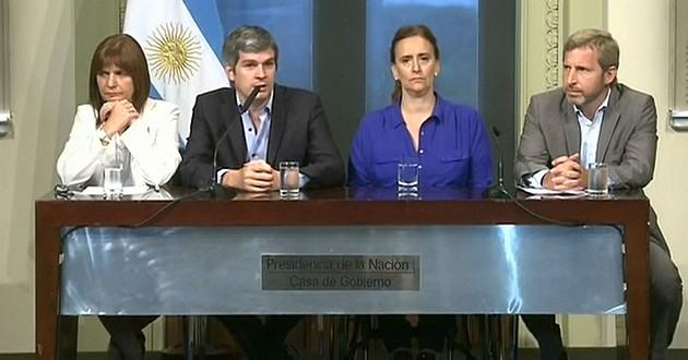 """Marcos Peña, en Corrientes y Chaco: """"Ya está en camino la ayuda a social"""""""