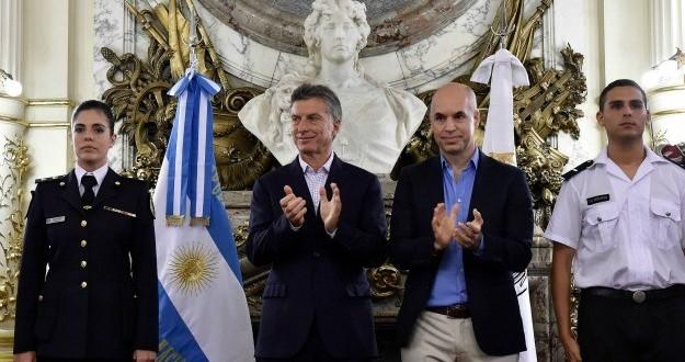 Macri y Rodríguez Larreta firmaron el convenio de traspaso de parte de la Policía Federal a la Ciudad