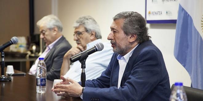 """Director del Renatea: """"Vamos a intensificar la tarea registral y prestacional de los trabajadores rurales"""""""