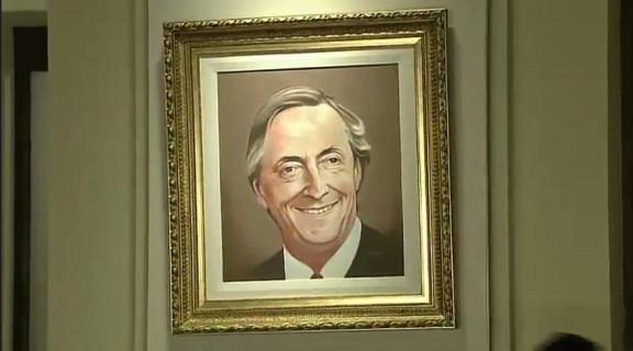 Bajar n los cuadros con la imagen del ex presidente n stor - La casa de los cuadros ...