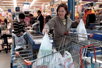 Afirman que la Canasta Básica porteña alcanzó los $ 1.312 pesos por adulto