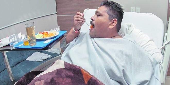 El hombre más gordo del mundo murió porque tomaba más de 6 latas de bebidas energizantes por día