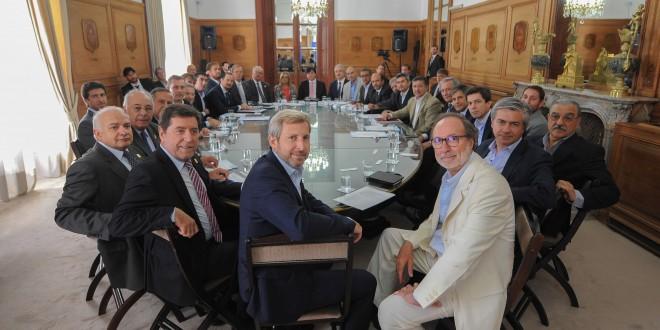 Coordinan el pago de deudas con provincias por obras públicas