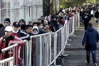 Fútbol: oficializaron el registro de personas que tendrán derecho de admisión