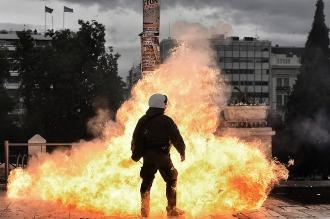 Grecia vive su primera huelga general en rechazo a la reforma de pensiones