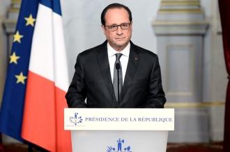 Hollande remodeló su gobierno con la salida programada del canciller