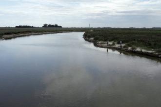 Más de 600 personas siguen evacuadas en Santa Fe y hay un lento descenso de los ríos