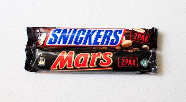 Retiran masivamente las barritas de chocolate Mars y Snickers en 55 países
