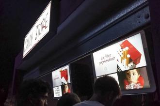 Se incumple la prohibición de publicitar cigarrillos en bares y boliches de la costa