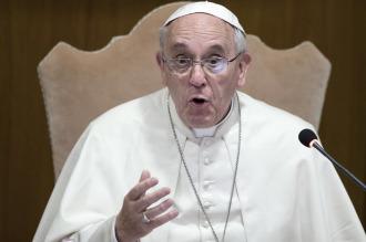 """""""¡Llévense esos cheques!"""", dijo el Papa a los que donan """"dinero sucio"""" a la Iglesia"""