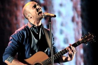 Abel Pintos inicio la serie de tres conciertos en el Luna Park a sala llena